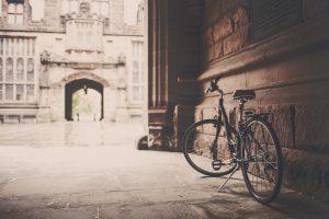 building-vintage-bike-monument1
